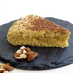 Succétårta - Funksjonell Mat--- TO DECARB: Use glucomannan as thickener instead of Maizena. Raw Food Recipes, Low Carb Recipes, Baking Recipes, Dessert Recipes, Almond Flour Recipes, Sweet And Low, Almond Cakes, Strawberry Recipes, Healthy Baking