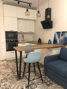 Small Apartment Kitchen, Small Apartment Design, Small Space Kitchen, Small Apartments, Condo Interior, Kitchen Interior, Kitchen Design, Kitchen Decor, Interior Design