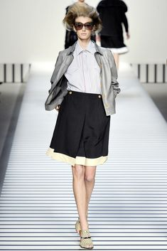 Fendi Spring 2012 Ready-to-Wear Fashion Show - Sigrid Agren