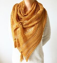 This triangular shawl is beginner friendly, but looks stunning with its subtle interplay of patterns and textures. Free knitting pattern. Pattern category: Shawls. Fingering weight yarn. 450-600 yards. Features: Drop stitch, Lace. Intermediate difficulty level.
