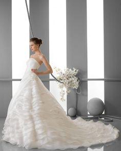 161 FORO / Wedding Dresses / 2013 Collection / Alma Novia