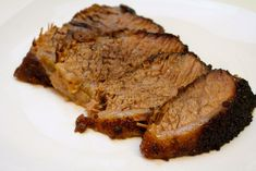 Want to make a tender and juicy brisket? This oven-baked brisket recipe is fall-apart tender. Season with a spicy BBQ dry run for the perfect summer recipe! Oven Baked Brisket, Smoked Brisket, Brisket Rub, How To Cook Brisket, How To Cook Beef, Oven Cooking, Cooking Recipes, Cooking Videos, Beef Brisket Recipes