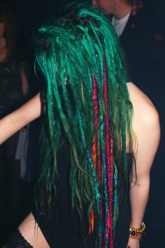 love the green dreds!! if my job would let me i would totally dred my hair!! :: #dreadstop