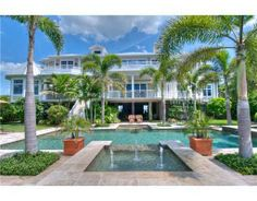 859 Siesta Key Cir