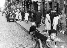 Warsaw, Poland, A street in the ghetto, 1941.  Belongs to collection: Yad Vashem Photo Archive