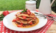 Veganské lívance s javorovým sirupem a jahodami Easy Meals, Easy Recipes, Pancakes, Tacos, Mexican, Breakfast, Ethnic Recipes, Food, Syrup