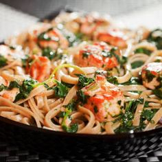 We know what's for supper! Try this Slow Cooker Salmon Spinach Pasta