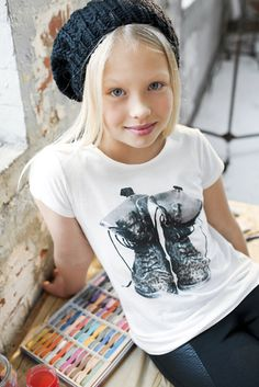 Tween fashion - old boots tee and black slouchy