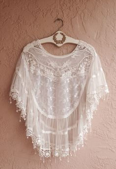Free people rare lace and crochet romantic French boudoir Capelet