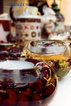 Christmas Candles - Kerzen sind ideal, um weihnachtliche Stimmung zu erzeugen - mehr Auswahl finden Sie auf www.franzen.de oder in unserem Store auf der KÖ