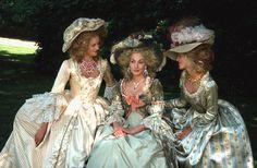 Ute Lemper as Marie Antoinette in L'Autrichienne image source: spiegel.de