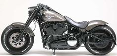 First Customized Brand New 2018 Fat Boy? at Cyril Huze Post Custom Motorcycle News Harley Fatboy, Harley Davidson Knucklehead, Hd Fatboy, Harley Davidson Custom Bike, Classic Harley Davidson, Used Harley Davidson, Harley Bikes, Harley Davidson Chopper, Harley Davidson Motorcycles