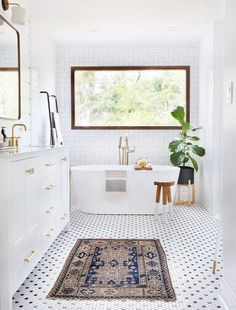 Black and white hexagon shaped mosaic bathroom tile. The post Prepare to Be Amazed by These 13 Mosaic Bathroom Floor Tile Ideas appeared first on Best Pins for Yours. Modern Boho Bathroom, Small Bathroom, Bathroom Ideas, Bathtub Ideas, White Bathrooms, Simply Bathrooms, Shower Ideas, Eclectic Bathroom, Large Bathrooms