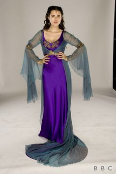 season 1 stills - merlin-on-bbc Photo --- I don't particularly care for morgana but I really want this dress.