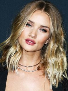 shoulder-length-hairstyles-231756-1502103839654-image.600x0c