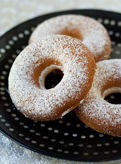 Baked Lemon Honey Crème Mochi Mochi Donuts Makes 12 donuts 2 large eggs, beaten 1/4 cup lemon honey creme 2 tablespoons granulated sugar 2/3 cup milk 1 1/3 cup mochiko (sweet rice flour) 2 teaspoon...