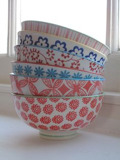 patterns on bowls. Love these bowls from #anthropologie