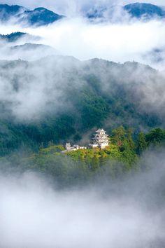 郡上八幡城(岐阜/郡上市八幡) マチュピチュのような神秘的な絶景! 郡上八幡の天空の城