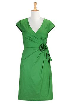eShakti Louisa dress. A beautiful green that can transition from spring to summer and fall. Flattering on any physique!