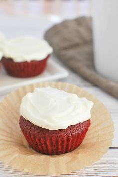 Red Velvet Cupcakes Recipe - only makes 4 cupcakes! Perfect for when you don't watch a huge batch!  ... LIKE THAT WOULD EVER HAPPEN!! Haha!