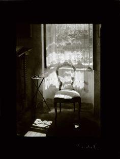 Josef Sudek - Chair by the window, 1972. S)