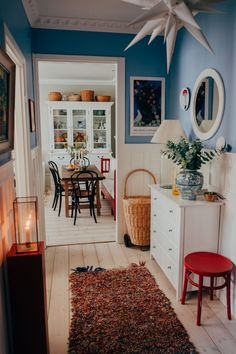 Hemma hos mig – www. Front Room Decor, Living Room Decor, Living Spaces, White Floorboards, Cool Rooms, Hallways, Home Decor Inspiration, Decoration, Home Interior Design