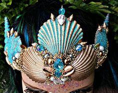 "The ""Atlantis "" seashell mermaid crown. Made for a sea queen, siren or mermaid. Ravers, festival lovers and photo shoot beautiful people Siren Mermaid, Mermaid Crown, Atlantis, Mermaid Cosplay, Mermaid Costumes, Seashell Crown, Mermaid Bedding, Sea Queen, Diy Crown"