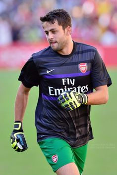 Lukasz Fabianski Team Player, Arsenal Fc, Fc Barcelona, Football Players, Poland, Trust, Sports, Hs Sports, Soccer Players