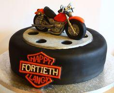 Sugarpaste bike on a cake wheel! Of blue colour Unique Birthday Cakes, Unique Cakes, Fondant Cakes, Cupcake Cakes, Cupcakes, Torta Harley Davidson, Motorcycle Cake, Bike Cakes, Yeast Rolls