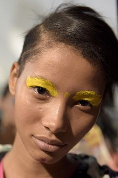 See beauty photos for Missoni Spring 2016 Ready-to-Wear collection.