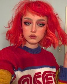 Unique neon peach hair color trends in 2019 00030 Cute Makeup, Makeup Looks, Hair Makeup, Peach Hair Colors, Grunge Hair, Aesthetic Makeup, Cool Hair Color, Girls Makeup, Hair Inspo