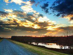 Mississippi River Levee - Greenville, Mississippi - Mississippi Delta Sunset - Order prints from www.flatoutdelta.com -  © 2013 John Montfort Jones