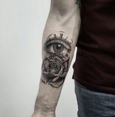 Eye tattoo Best Sleeve Tattoos, Tattoo Sleeve Designs, Body Art Tattoos, Mens Tattoos, Simple Tattoos For Guys, Statue Tattoo, Trash Polka Tattoo, Forest Tattoos, Black Rose Tattoos