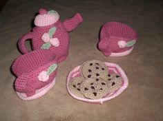 Cute! I love little girl tea parties.