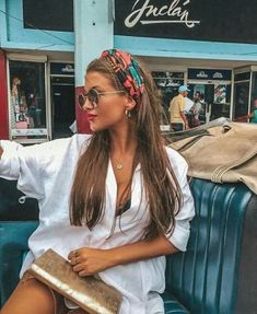 head scarf, bandana and bow hairstyle 51 Fashion Models, Fashion Outfits, Womens Fashion, Fashion Trends, Ladies Fashion, 70s Fashion, Fashion Styles, Vintage Fashion, Ways To Wear A Scarf