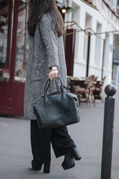 985cb0154 long coat anne fontaine meganvlt Anne Fontaine, Estilo Parisiense, Moda  Parisiense, Bolsas De
