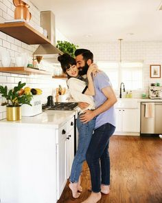 6 Albums That Shaped Our Relationship - New Darlings Retro Home Decor, Fall Home Decor, Home Decor Items, Luxury Homes Interior, Luxury Decor, Remodeling Mobile Homes, Home Remodeling, Home Photo Shoots, New Darlings