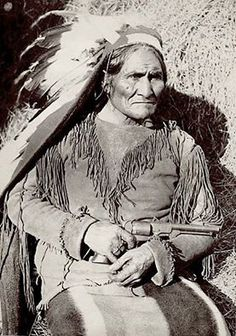Geronimo Apache Warrior Native American Indian 8 x 10 Photo Printed on High Quality Fuji Film Stock 8 x 10 Photo Printed on High Quality Fuji Film Stock Sepia Tone Photo Native American Warrior, Native American Images, Native American Tribes, Native American History, American Indians, American Art, Native Americans, Indian Tribes, Native Indian