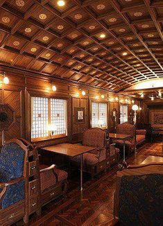 The Kyushu ~~ This is a luxury 'cruise train' where guests thoroughly enjoy the ride. This is the dining area on the Kyushu. This train's lounge car features a bar and grand piano! Train Tracks, Train Rides, Train Trip, Orient Express Train, Pullman Train, Old Trains, Vintage Trains, Slow Travel, Budget Travel