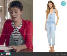 April's chambray jumpsuit on Chasing Life.  Outfit Details: http://wornontv.net/50714/ #ChasingLife
