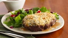 Impress your guests with this delicious rib eye steak topped with Progresso® panko bread crumbs and Parmesan cheese. Beef gravy made with Progresso® beef-flavored broth tops off this elegant entrée.