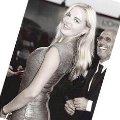 Marina Orlova - #newspaper #venicefilmfestival2015 #venezia72 #filmfestival #marinaorlova #actress #redcarpet #veneziafilmfestival #vogue #classy #premier #dress #hervelager Festivals 2015, Newspaper, Film Festival, Red Carpet, Vogue, Classy, Actresses, Dress, Dapper Gentleman