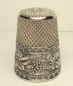 Sterling Silver Thimble with Grape Clusters, Leafs and Vine