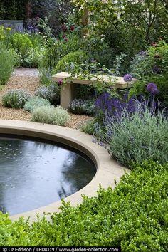 Flowers And Garden Ideas : Chelsea Garden round pond Garden Shrubs, Garden Landscaping, Landscape Design, Garden Design, Chelsea Garden, Water Features In The Garden, Water Garden, Garden Ponds, Fountain Garden