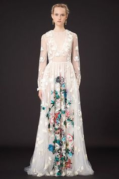 This floral lace #wedding #gown is stunning!