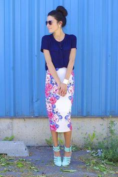 OUTFIT DEL DÍA: Look con blusa azul marino Inspiración