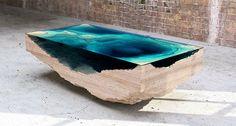 designstudio Duffy, alwaar ze schitterende – en vaak onbetaalbare – meubels maken. Ook de Abyss Table is daar een mooi voorbeeld van: met be...