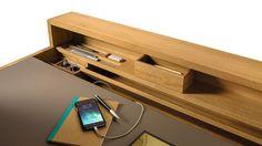 Von der Diele bis zum Schlafzimmer: sol ist ein multifunkionaler Solitär, der als Schreibtisch, Konsole, Frisiertisch und vieles mehr genutzt werden kann.