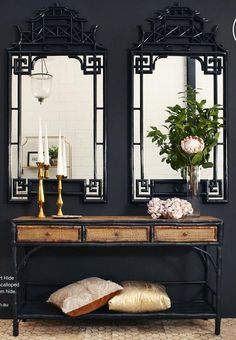issuu Black walls, a pair of black Chinese Chippendale mirrors, and a black bamboo console table create a modern approach to Chinoiserie. Check How An Arc Floor Lamp Can Give To Any Living Room! Decor, Chinoiserie Decorating, Asian Decor, Foyer Decorating, Asian Home Decor, Asian Furniture, Black Walls, Chinoiserie, House Interior