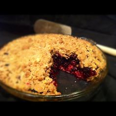 Blackberry Pie with Oatmeal Crumble Crust